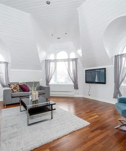 Luxurious Four-Bedroom Apartment for short-time rent